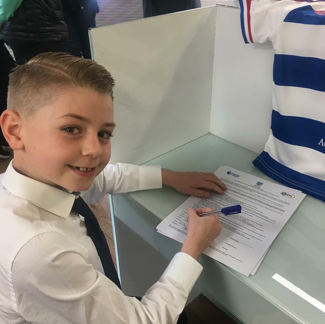Leo Barbato Signing